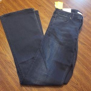 HM women size 14 bootcut Jean dark wash new